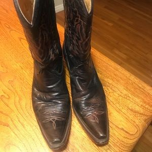 Corral boots - rich brown
